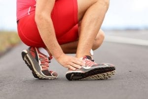 The Best Shoes For Achilles Tendinitis – Top 7 Choices